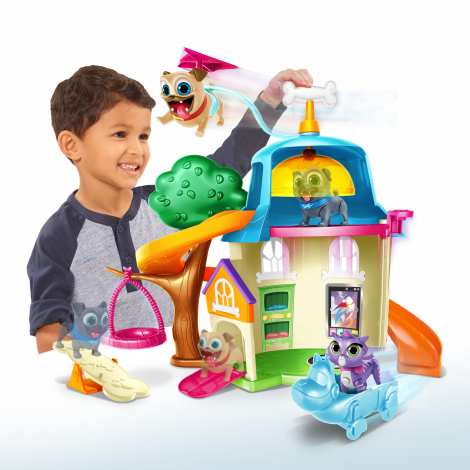 Puppy Dog Pals Doghouse Playset - Puppy Dog Pals Toys (470x470)