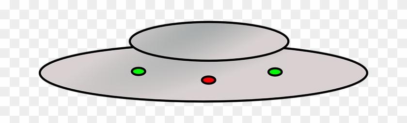 Ufo, Flying Saucer, Spacecraft - Flying Saucer Throw Blanket #678264